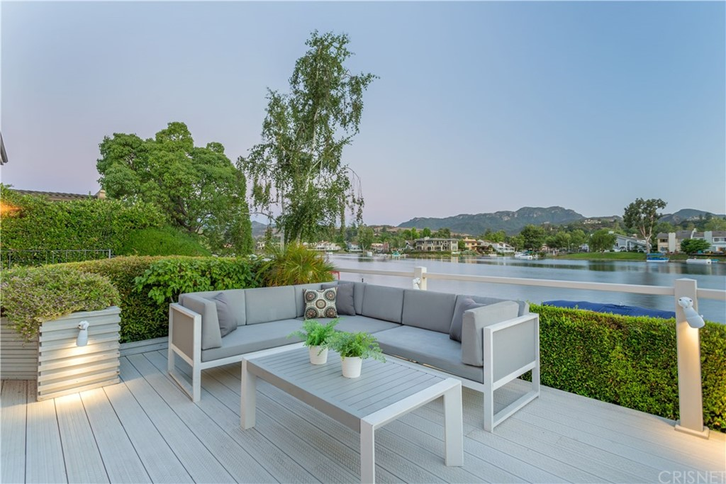 2482 OAKSHORE DRIVE, WESTLAKE VILLAGE, CA 91361  Photo 3