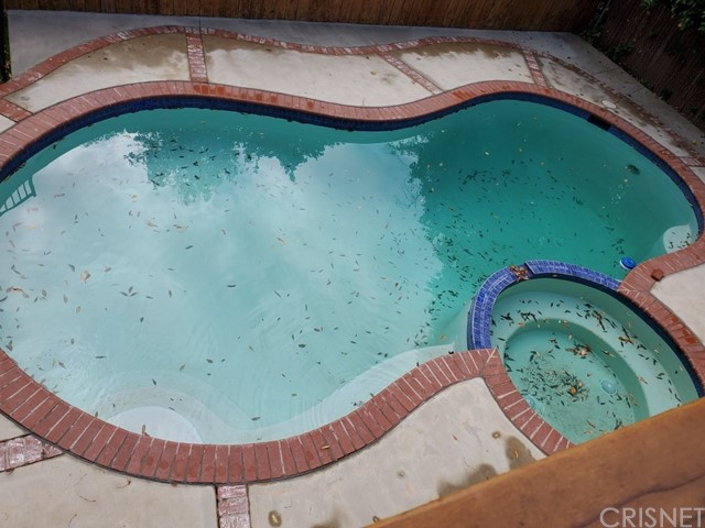 23230 Ladrillo Street, Woodland Hills CA: http://media.crmls.org/mediascn/32d128c5-19f1-46fc-ac17-847d0b196f2d.jpg