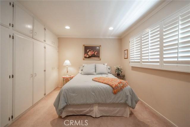 9524 Texhoma Avenue, Northridge CA: http://media.crmls.org/mediascn/32de91ca-c74b-417f-ac3d-e5db5792c633.jpg