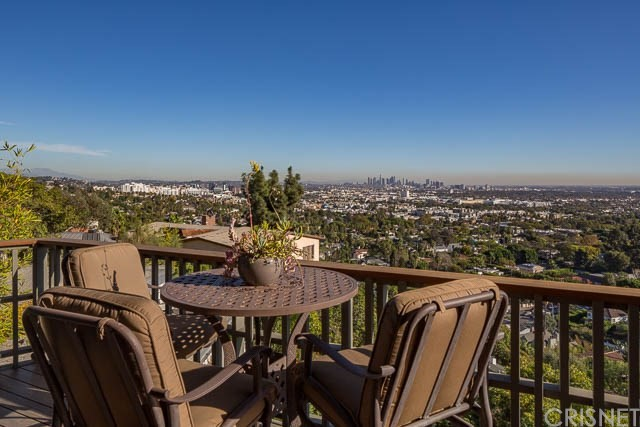 Single Family Home for Rent at 7966 Fareholm Drive 7966 Fareholm Drive Los Angeles, California 90046 United States