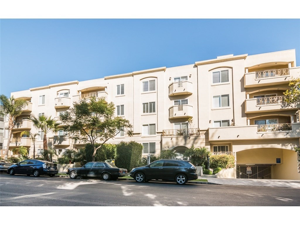 Property for sale at 1878 GREENFIELD AVENUE #204, Los Angeles,  CA 90025