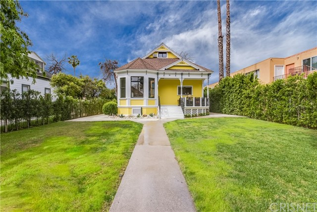 Single Family Home for Sale at 661 Marengo Avenue N Pasadena, California 91101 United States