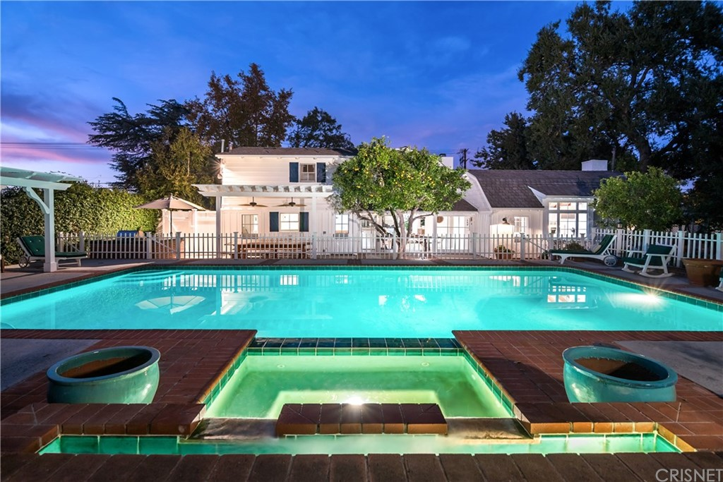 Photo of 4799 WHITE OAK Avenue, Encino, CA 91316