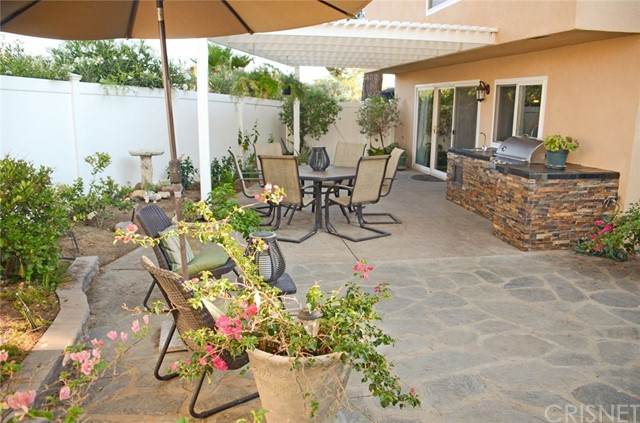29638 Grandifloras Road, Canyon Country CA: http://media.crmls.org/mediascn/344a8aeb-5094-4ca2-a0ee-63d32555f187.jpg
