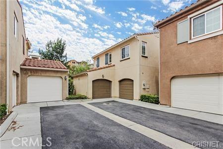 11514 Cararra Lane, Porter Ranch CA: http://media.crmls.org/mediascn/346d0423-77bd-404e-b739-7cab1b5cdd0a.jpg