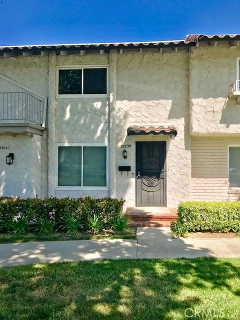 Condominium for Rent at 24239 La Glorita Circle Newhall, California 91321 United States