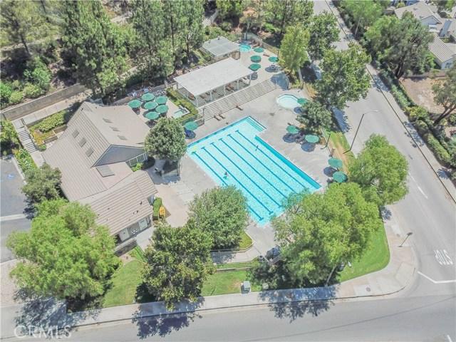 27449 Waynesborough Lane, Valencia CA: http://media.crmls.org/mediascn/34e269ee-9d4f-4bee-b681-4012fe48fbbe.jpg