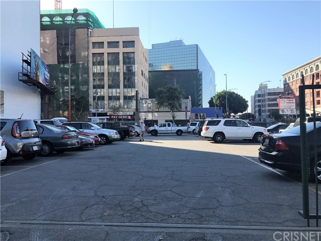957 S Broadway Los Angeles, CA 90015 - MLS #: SR17124464