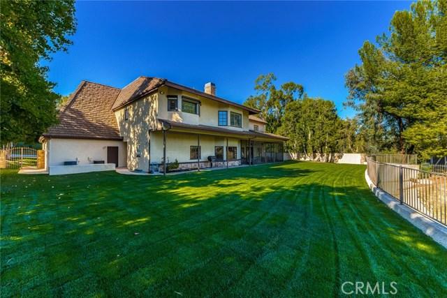 Additional photo for property listing at 19061  Dorlon Drive 19061  Dorlon Drive Tarzana, California 91356 United States