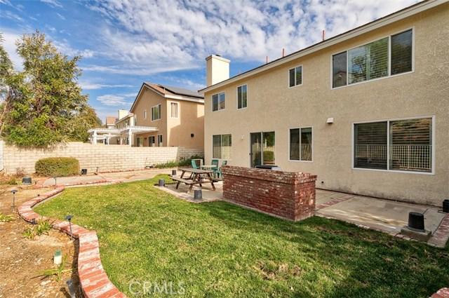 26061 Salinger Lane, Stevenson Ranch CA: http://media.crmls.org/mediascn/3500ae20-14e6-448b-8a97-f9fa5597d41b.jpg