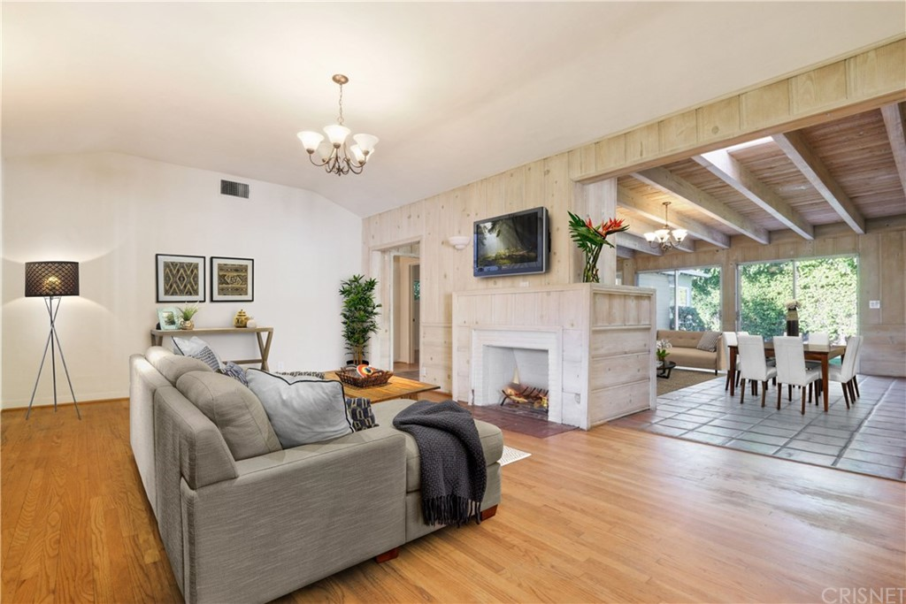 4431 ETHEL AVENUE, STUDIO CITY, CA 91604  Photo 2