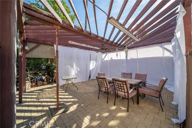 13300 Weddington Street, Sherman Oaks CA: http://media.crmls.org/mediascn/3548427f-ed86-4a0b-8644-92fdd4f8332e.jpg