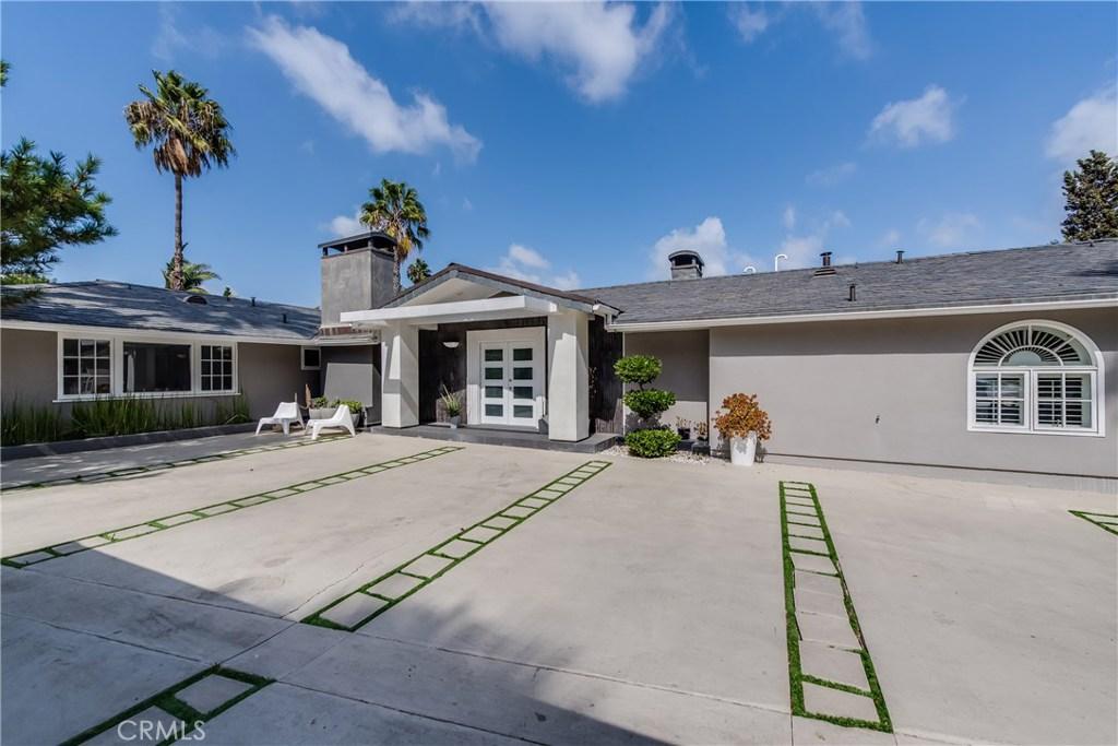 3421 WRIGHTWOOD Drive, Studio City, CA 91604