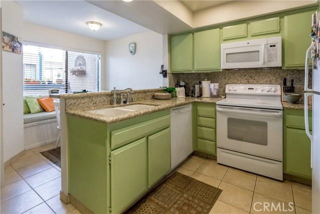 1333 Valley View Road # 18 Glendale, CA 91202 - MLS #: SR17162247