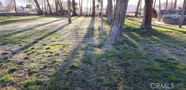 1617 Avenue I, Lancaster CA: http://media.crmls.org/mediascn/3599cd2e-b647-484a-926d-98a5e8edfa50.jpg