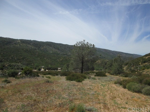 0 Three Points Rd at Pine Canyon, Lake Hughes CA: http://media.crmls.org/mediascn/359ccae6-c952-4c7a-83b7-8a14e8d960b0.jpg