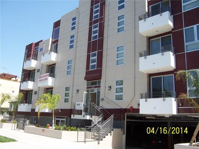 4112 Whitsett Avenue  Studio City CA 91604