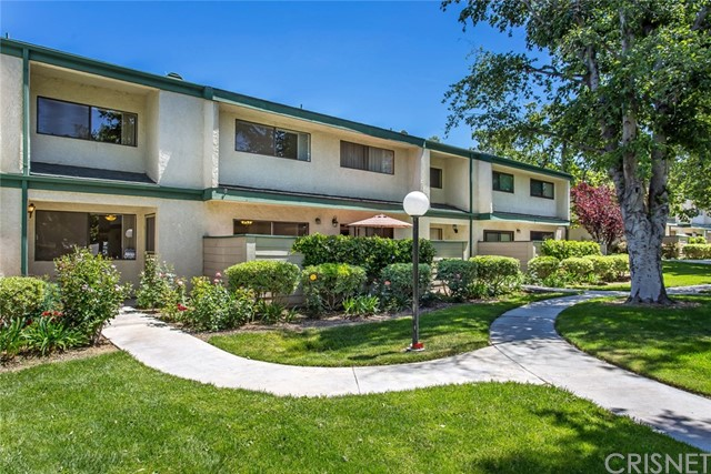 23530 Newhall Avenue Unit 3, Newhall CA 91321