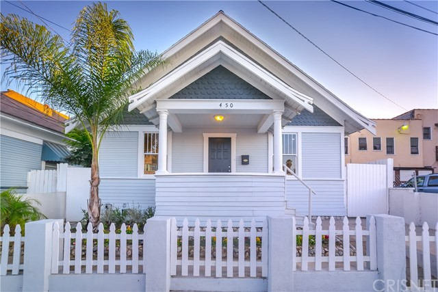 Single Family Home for Sale at 450 W 11th Street 450 W 11th Street Long Beach, California 90813 United States