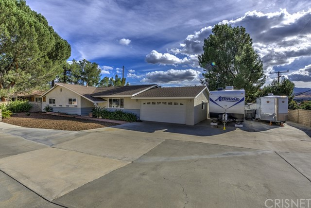 27919 Magic Mountain Lane, Canyon Country CA 91387