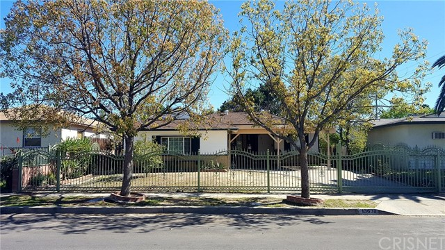Single Family Home for Sale at 13638 Kamloops Street Arleta, California 91331 United States