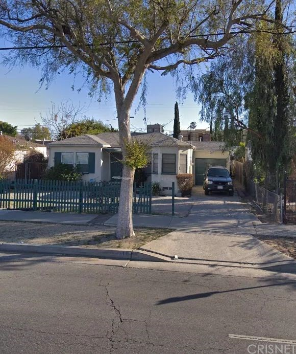 Photo of 11516 VICTORY BOULEVARD, North Hollywood, CA 91606
