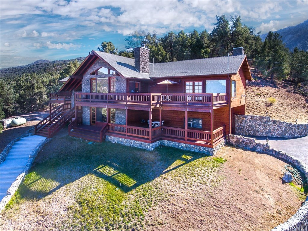 Property for sale at 14312 MESA WAY, Pine Mountain Club,  CA 93222