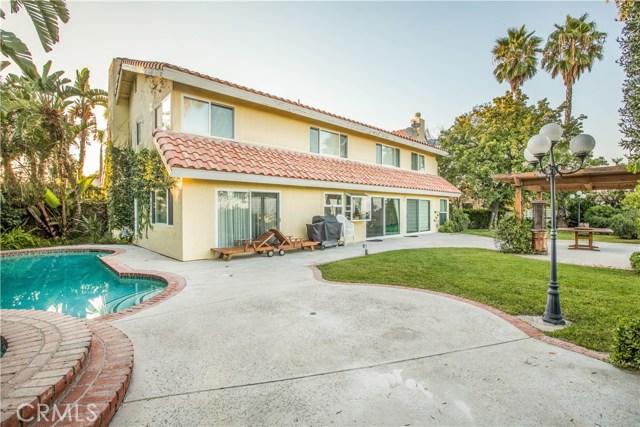 4486 Winnetka Avenue, Woodland Hills CA: http://media.crmls.org/mediascn/36d55917-3c66-47bb-9862-fa74b4586511.jpg