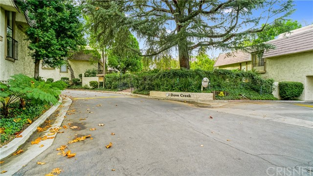 Townhouse for Sale at 6145 Shoup Avenue Unit 60 6145 Shoup Avenue Woodland Hills, California 91367 United States