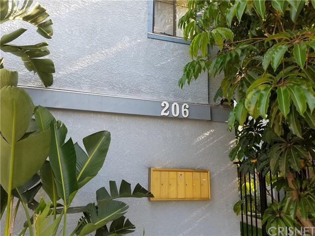 208 E Plymouth Street 10 Inglewood, CA 90302 is listed for sale as MLS Listing SR16100326