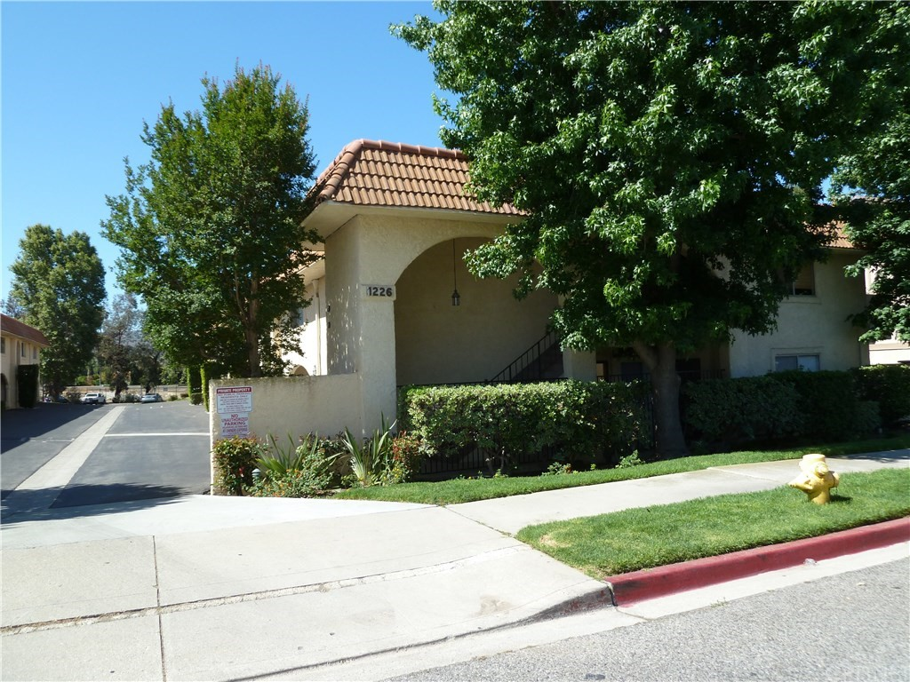1226 PATRICIA Avenue 50, Simi Valley, CA 93065