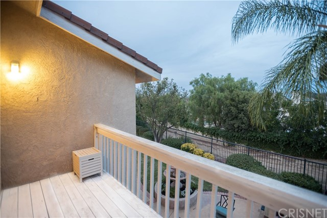 Additional photo for property listing at 240  Shady Hills Court 240  Shady Hills Court Simi Valley, California 93065 United States