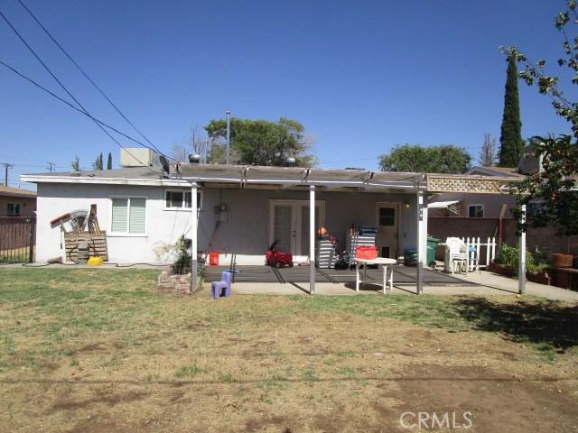 44745 Andale Avenue, Lancaster CA: http://media.crmls.org/mediascn/3819079e-fb1a-4056-90cb-f419b716267d.jpg