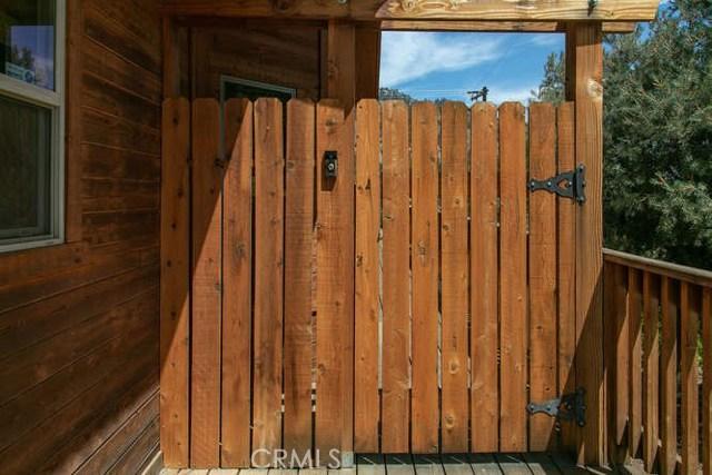 15312 Mil Potrero, Pine Mtn Club CA: http://media.crmls.org/mediascn/381a6e80-8c21-4fa4-998f-32ab112c1443.jpg