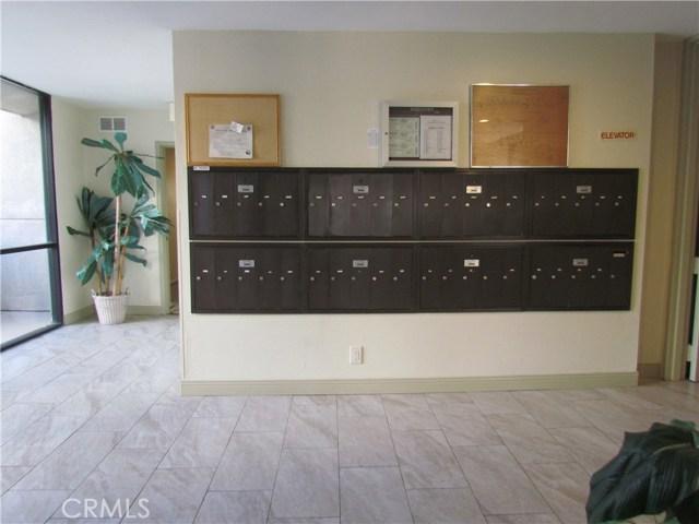 7640 Oso Avenue Unit 213 Winnetka, CA 91306 - MLS #: SR18027015