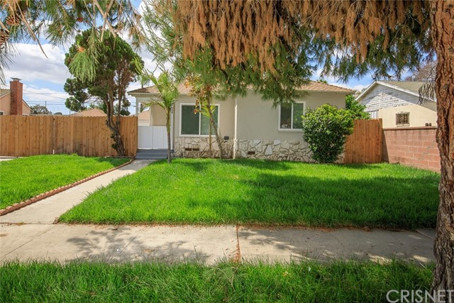 Detail Gallery Image 1 of 1 For 1604 E Stockton Ave, Compton,  CA 90221 - 3 Beds | 2 Baths