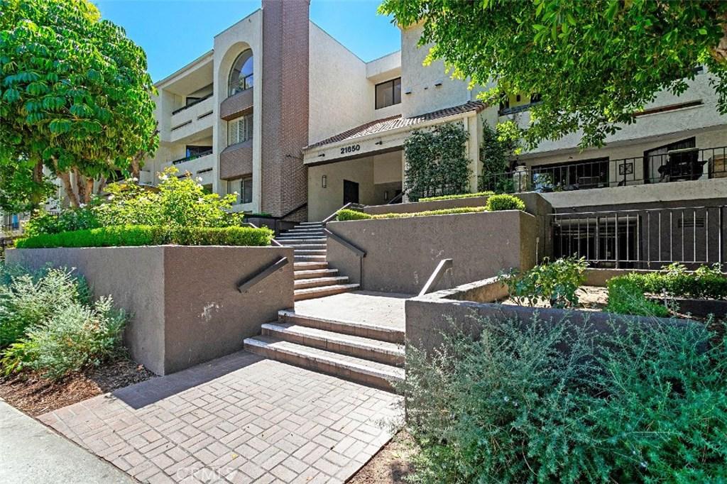 Photo of 21650 BURBANK BOULEVARD #219, Woodland Hills, CA 91367