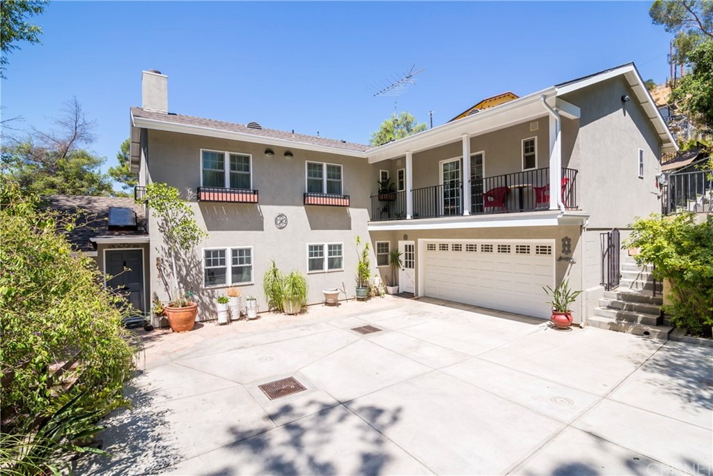 10253 SUNLAND Boulevard, Shadow Hills, CA 91040