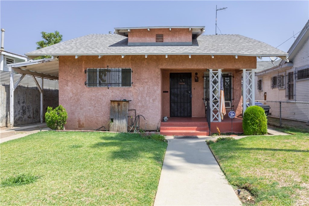 Property for sale at 3217 Montclair Street, Los Angeles,  CA 90018
