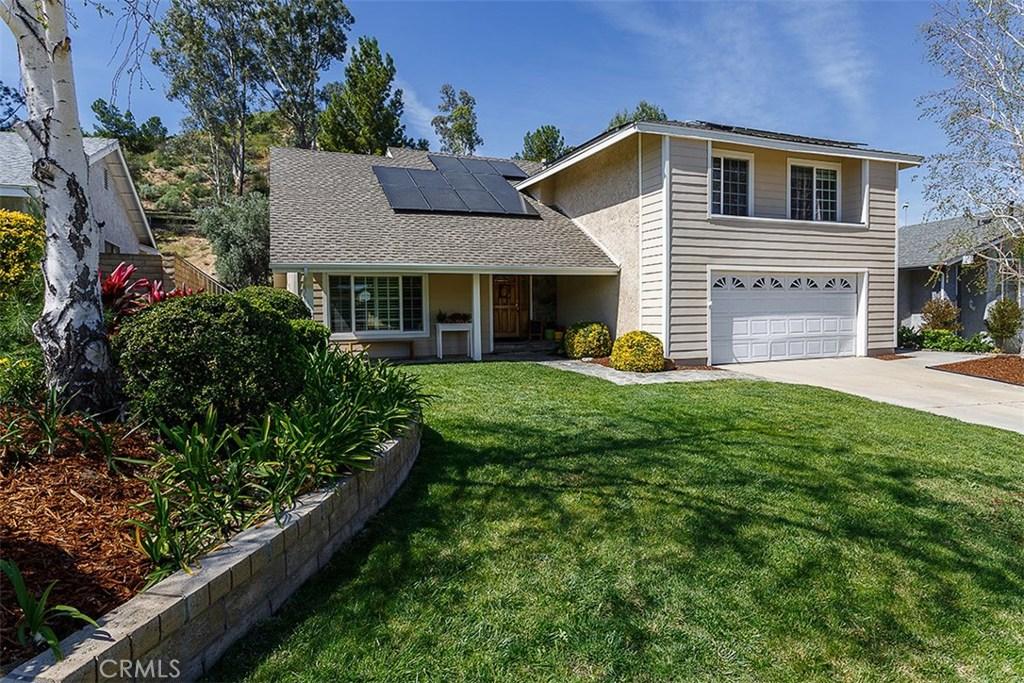 Property for sale at 28355 Contessa Avenue, Saugus,  CA 91350