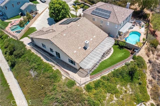 31130 Riverdale Place, Castaic CA: http://media.crmls.org/mediascn/394ecdac-7c8a-4069-95af-6219528a5308.jpg