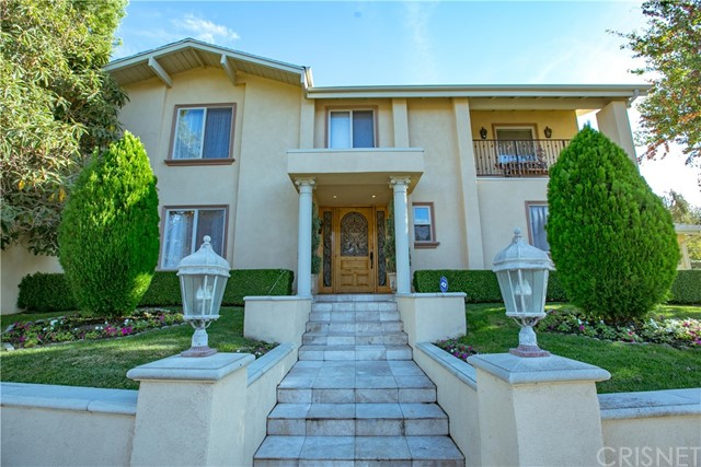 Single Family Home for Sale at 4566 De Celis Place Encino, California 91436 United States