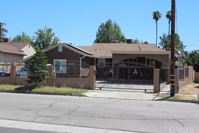 7752 Bellaire Avenue, North Hollywood, CA 91605