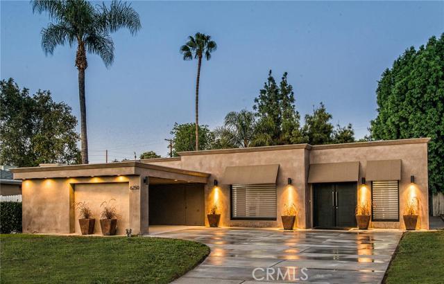 6250 Oakdale Avenue, Woodland Hills CA 91367