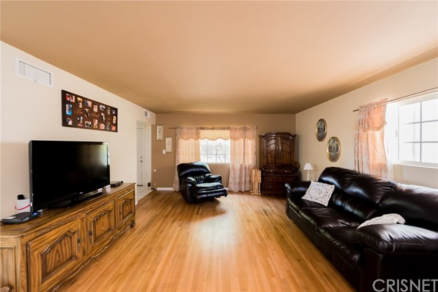 1403 Knox Street San Fernando, CA 91340 - MLS #: SR18137812