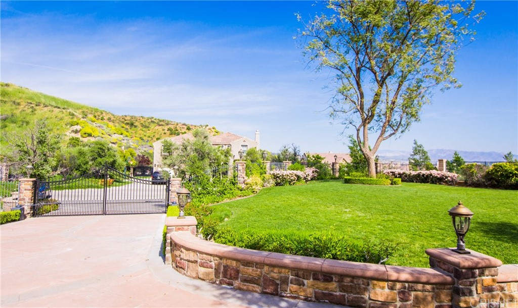 Property for sale at 24281 Reyes Adobe Way, Valencia,  CA 91354