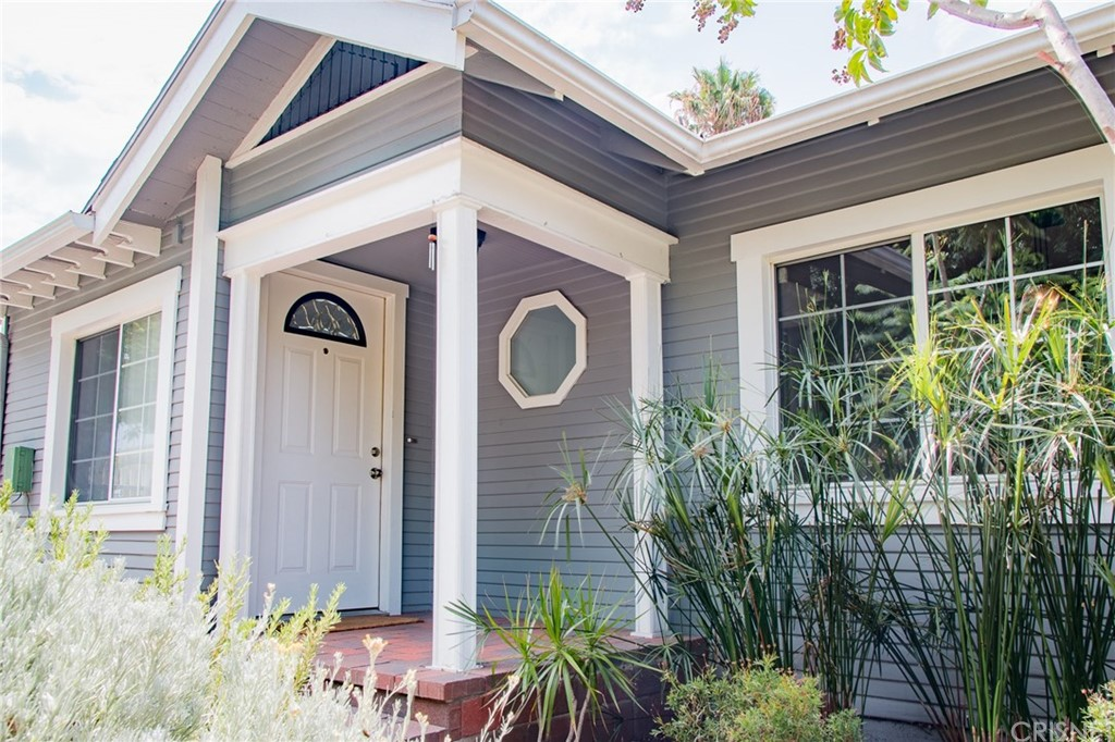 6558 BARTON Avenue, Hollywood, CA 90038