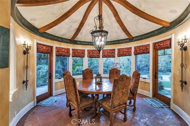 19115 Charles Street, Tarzana CA: http://media.crmls.org/mediascn/3a91fc38-bae6-418e-a882-837ae05c9026.jpg