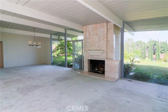 12662 Jimeno Avenue, Granada Hills CA: http://media.crmls.org/mediascn/3adc9a03-710b-4d4f-bb14-6b6f10c98a70.jpg