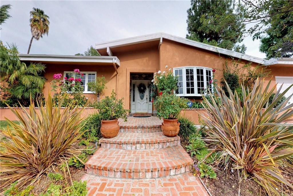 5848 Lockhurst Drive, Woodland Hills, CA 91367